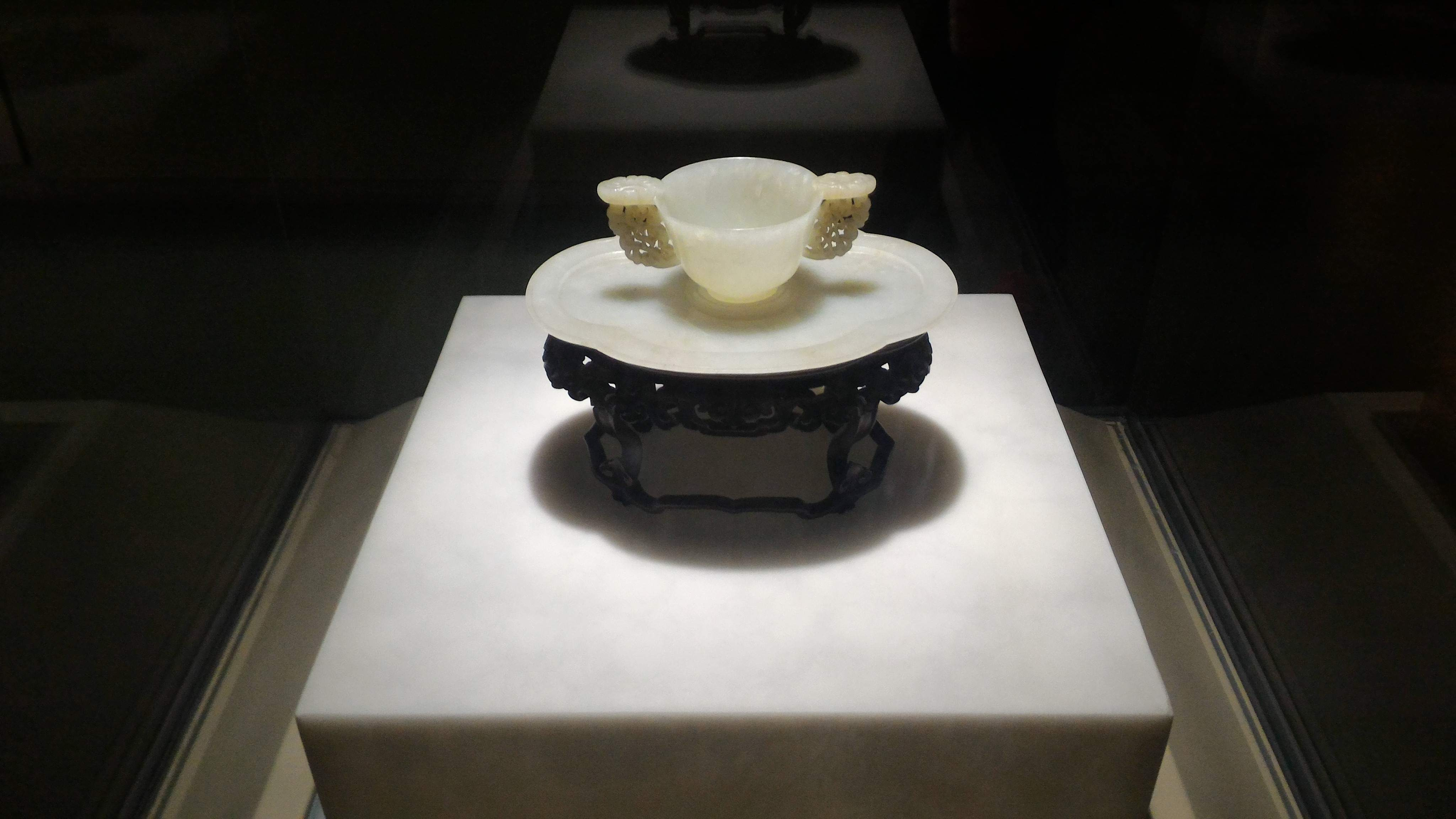 A teacup of pure white jade
